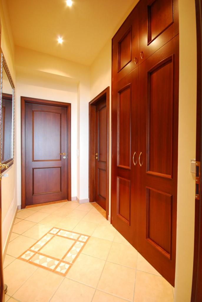 Innentüren mit passendem Wandschrank