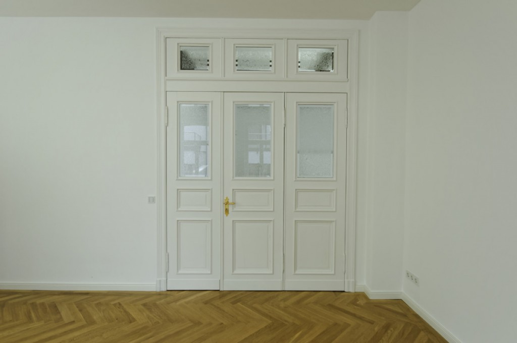 historische bauelemente in neuem glanz. Black Bedroom Furniture Sets. Home Design Ideas