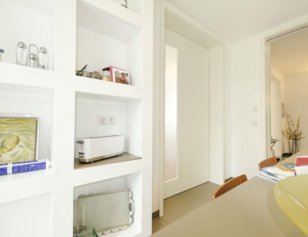 wohnlich und modern schiebet ren in einem exklusiven wohnhaus. Black Bedroom Furniture Sets. Home Design Ideas