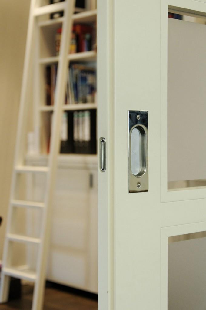 schiebet ren klassisch aber geradlinig. Black Bedroom Furniture Sets. Home Design Ideas