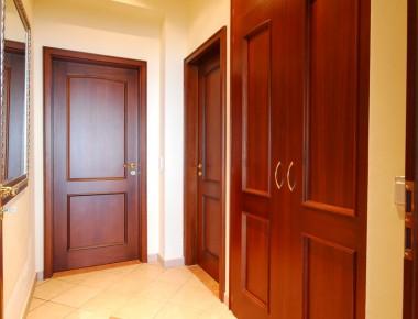 Stiltüren in einer Villa am Lago Maggiore