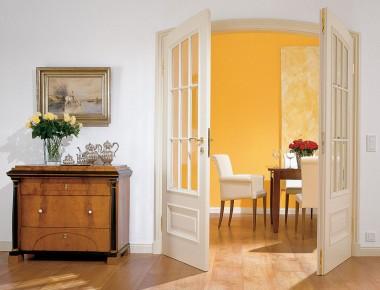 Elegante Segmentbogen-Türen mit Sprossen
