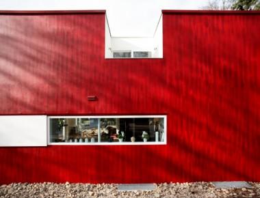 Fenster für ein von einem Apfel inspirierten Haus