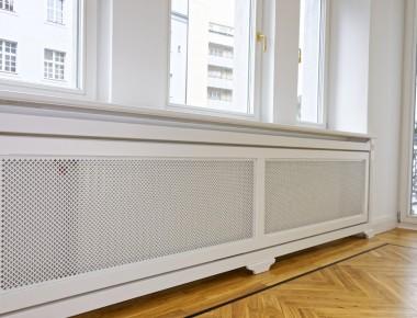 Stilechte Heizkörperverkleidungen in einer Berliner Altbauwohnung