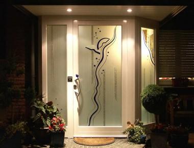 Haustüren mit Kepka-Art Verglasungen: Die Eingangstür als Kunstwerk